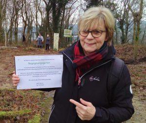 Anne Böer (Vorsitzende KGV Süd e.V.) freut sich auf die Eröffnung des Begegnungsgartens.